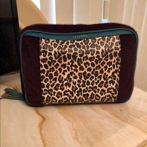 Makeup travel bag (Like New)